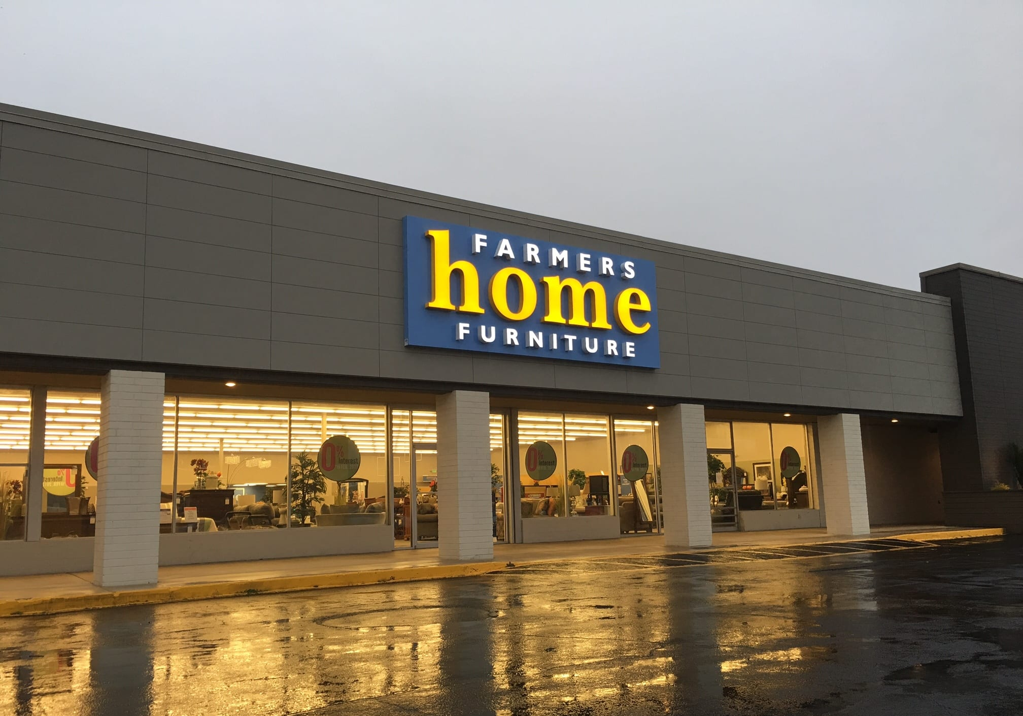 Farmers Home Furniture Leeds  AL. Lighted Letters   Reliable Signs
