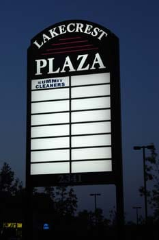 Lakecrest Plaza